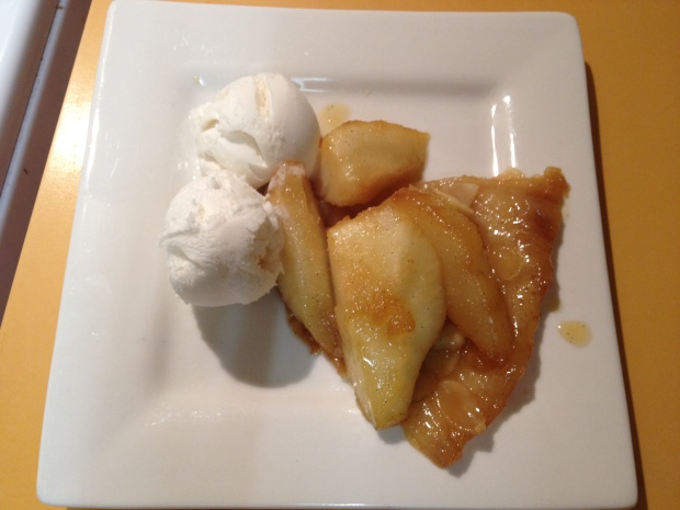 LMD Cookbook Club # 3 – Pear Tarte Tatin
